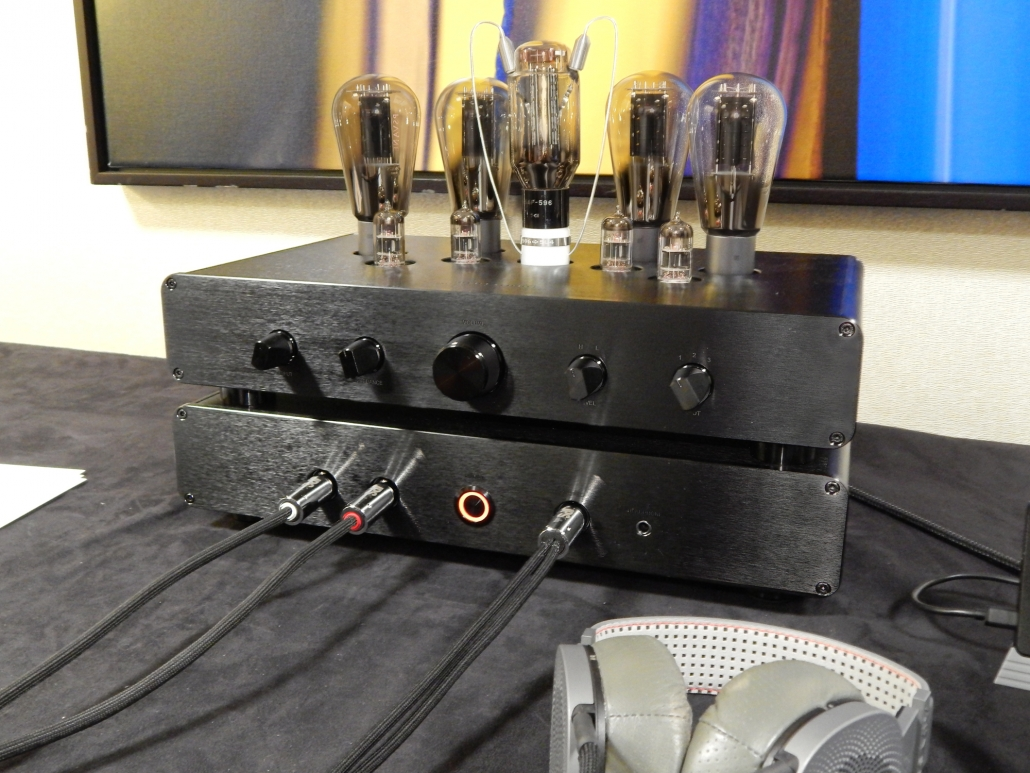 Woo Audio WA33 Fully-Balanced Headphone Amp/Preamplifier, ABYSS DIANA Phi Premium Audiophile Planar Magnetic Headphone @ CanJam SoCal 2019