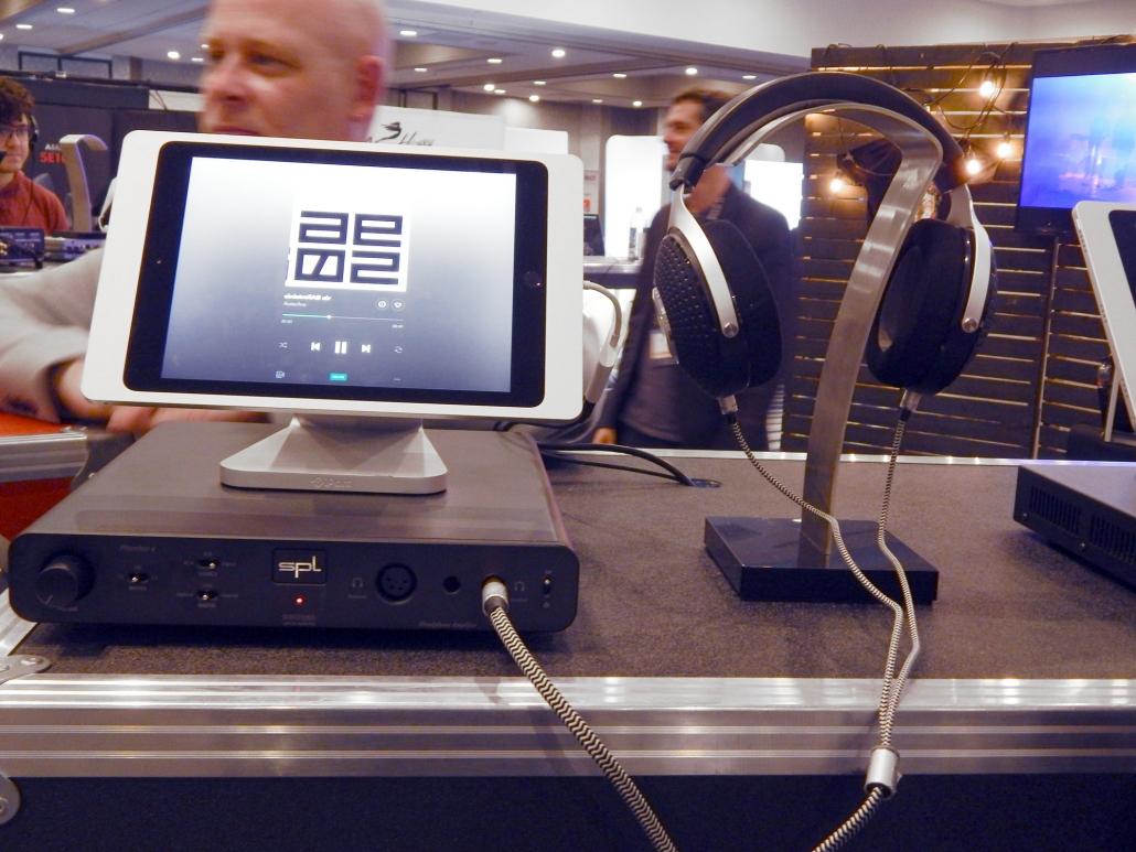 Focal Elegia Closed-Back Headphones, SPL Phonitor e DAC/Headphone Amplfier