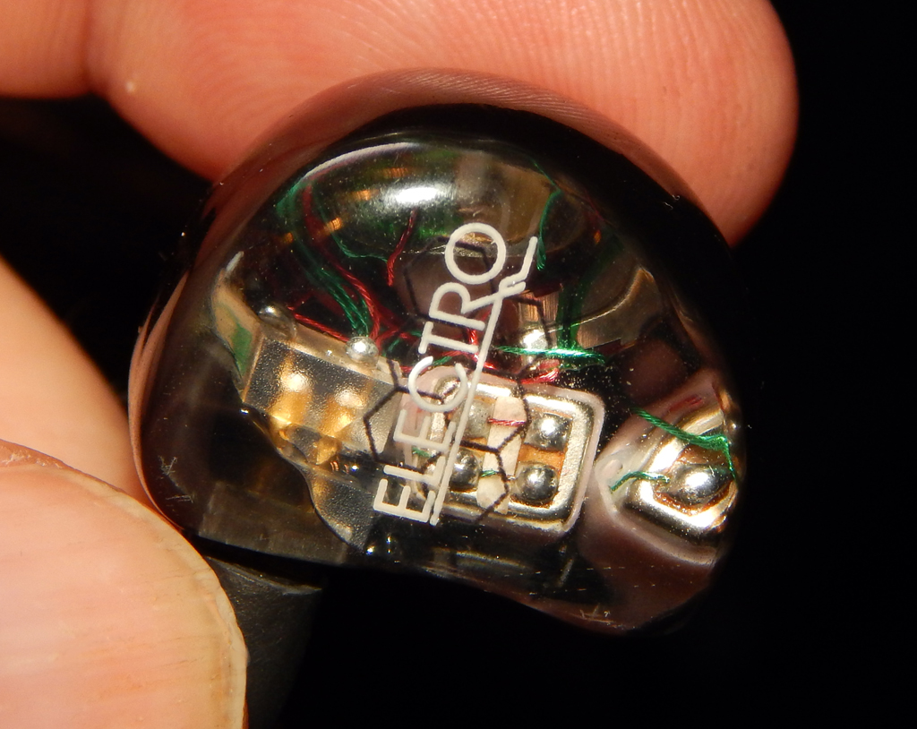 alclair Electro Six Driver Electrostatic Hybrid CIEM in a clear casing to allow you to see the driver and crossover configuration