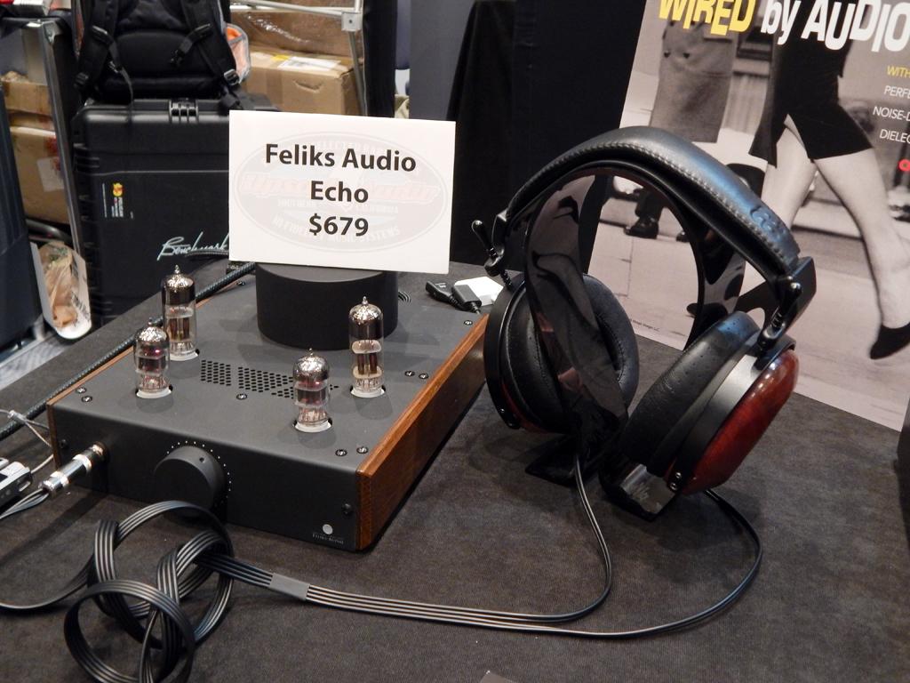 Feliks Audio Echo Headphone Amplifier, ZMF VÉRITÉ Headphones