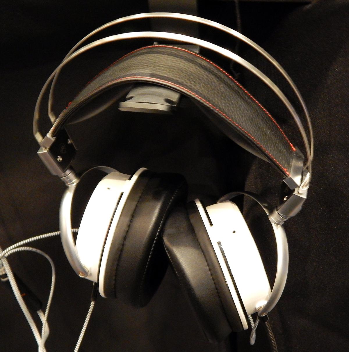 VZR Model One Headphone CanJam SoCal 2021